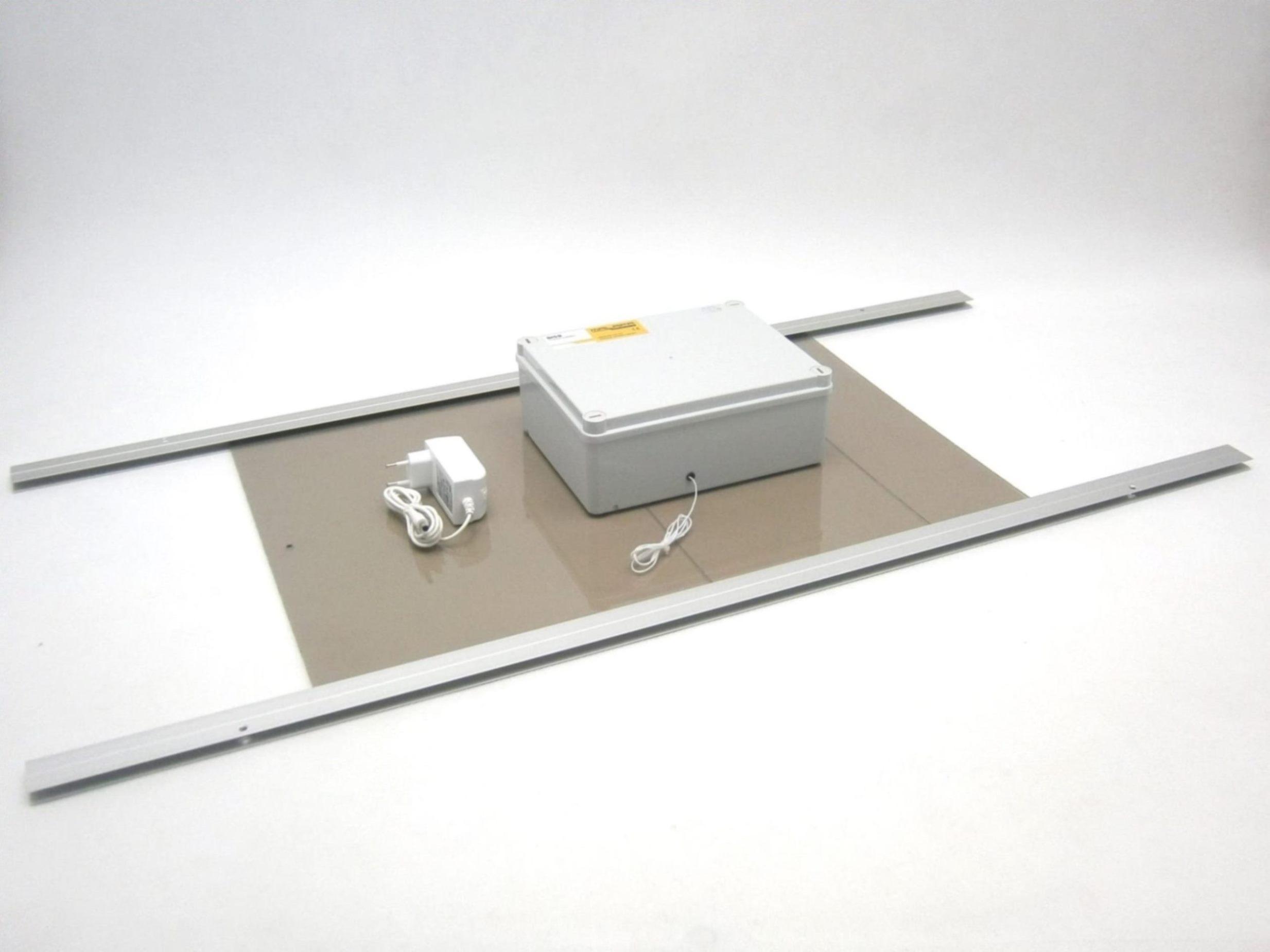 Solární automatický otvírač dveří/ kurníku