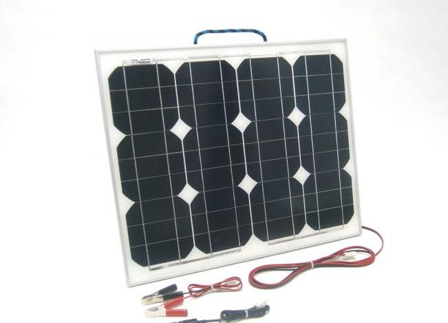 Solární nabíječka autobaterie SN67