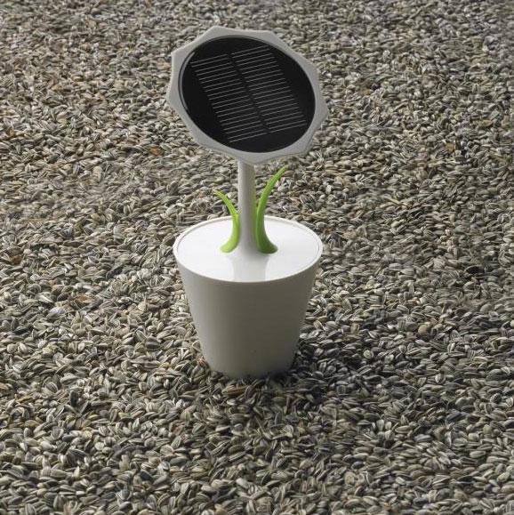 XD Design Sunflower, solární nabíječka